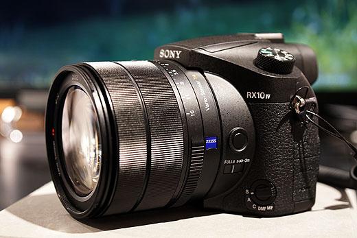 24-600mm大口径高倍率ズームレンズ搭載!世界最速AFデジタルカメラ「DSC-RX10M4」完全レビュー!
