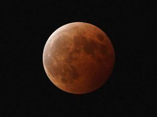 """5月26日は""""α""""で皆既月食撮影に挑戦してみよう!"""