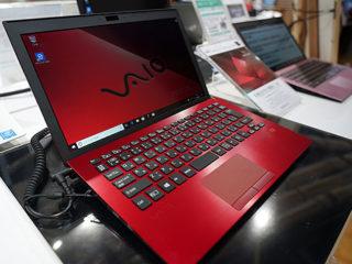 【レビュー】『VAIO S11 | RED EDITION』ショールーム展示レポート