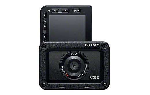 【新商品】4K対応&電子手ブレ補正搭載の世界最小・最軽量コンパクトデジタルカメラ『RX0 II』発表!先行モデルとの違いとは?!