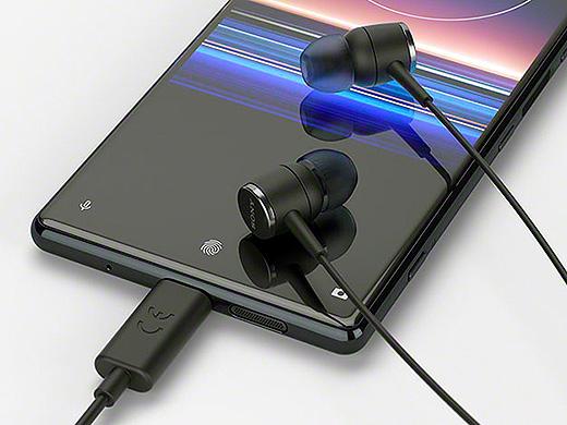 USB Type-Cに対応し、スマホにダイレクト接続してハイレゾが楽しめる便利なイヤホン『STH50C』新登場!